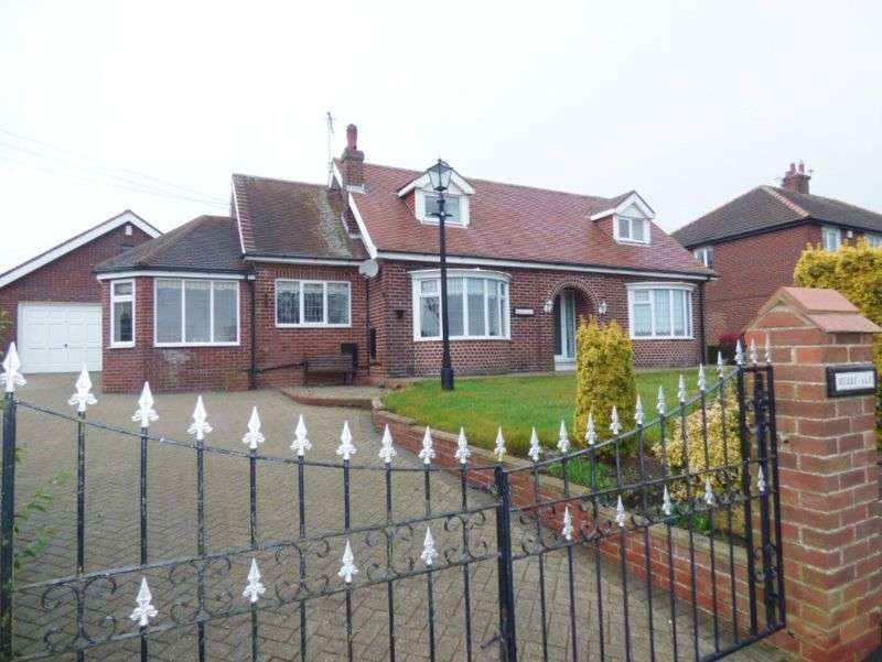 3 Bedrooms Bungalow for sale in Stockton Road, Peterlee