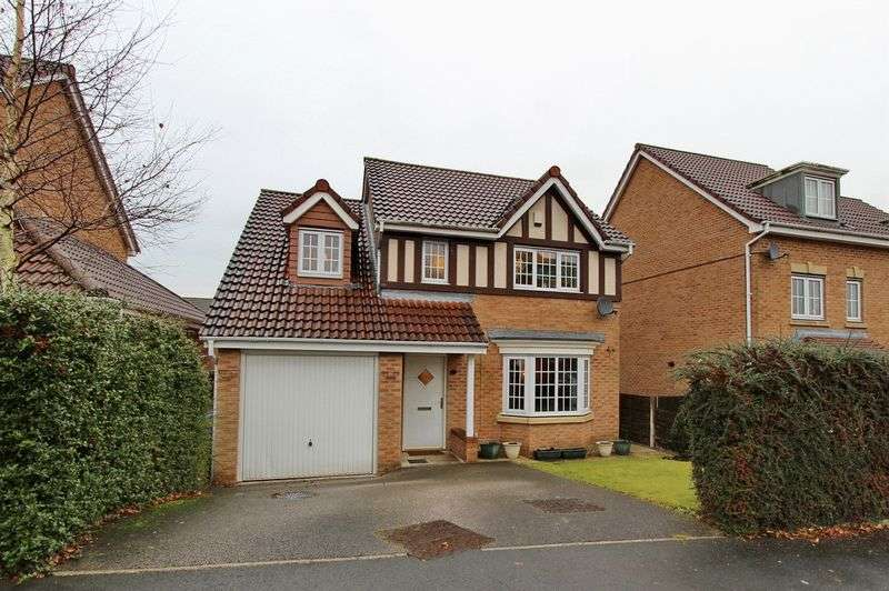 4 Bedrooms Detached House for sale in Dingle Close, Radcliffe, Manchester