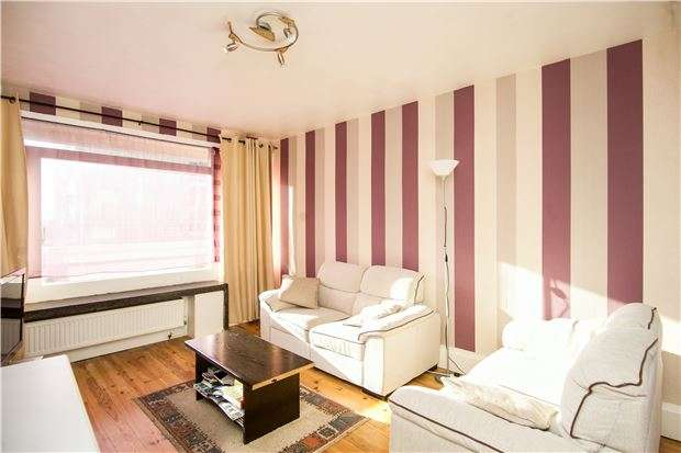 2 Bedrooms Flat for sale in Tangley Grove, Putney, LONDON, SW15