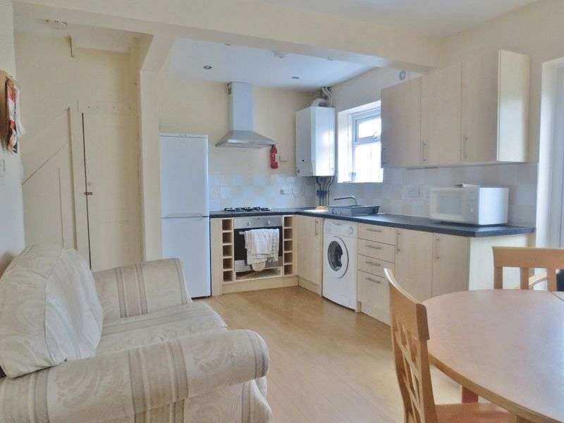 6 Bedrooms Terraced House for rent in Bevendean Crescent, Brighton