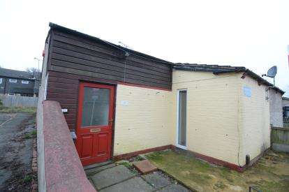 3 Bedrooms Bungalow for sale in Pitsea, Basildon, Essex