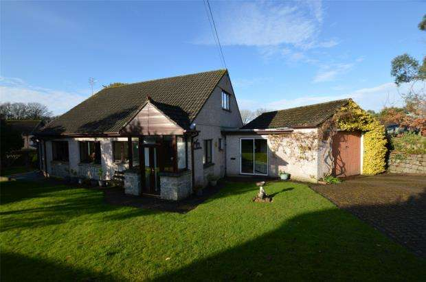 2 Bedrooms Detached Bungalow for sale in Perran Downs, Goldsithney, Penzance, Cornwall