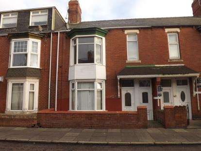 2 Bedrooms Flat for sale in Talbot Road, South Shields, Tyne and Wear, NE34