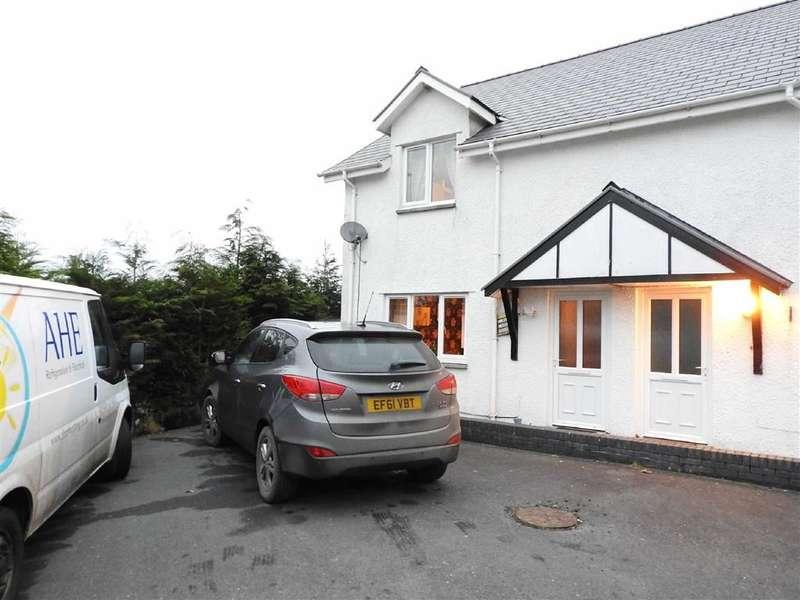 3 Bedrooms Property for sale in Ffair Rhos, Ystrad Meurig