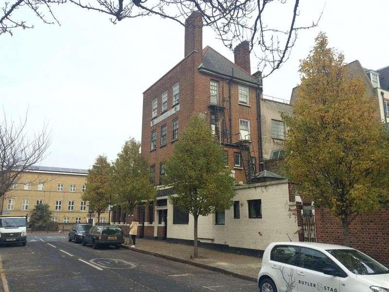Flat for sale in Hackney Road, London