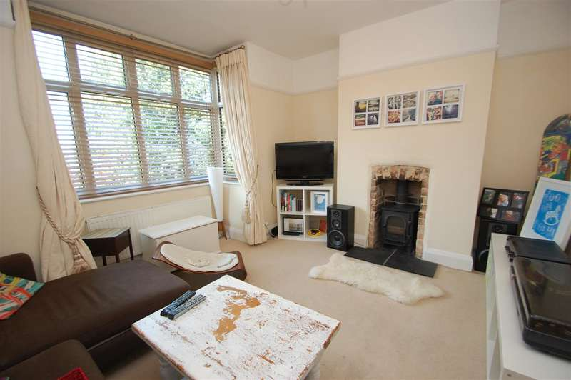 2 Bedrooms Semi Detached House for sale in Lower Parkstone