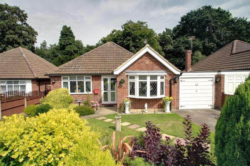 2 Bedrooms Detached Bungalow for sale in Crosslands, Chertsey South, Surrey, KT16