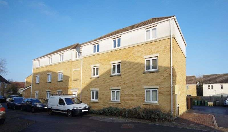2 Bedrooms Flat for sale in The Hedgerows, Bristol