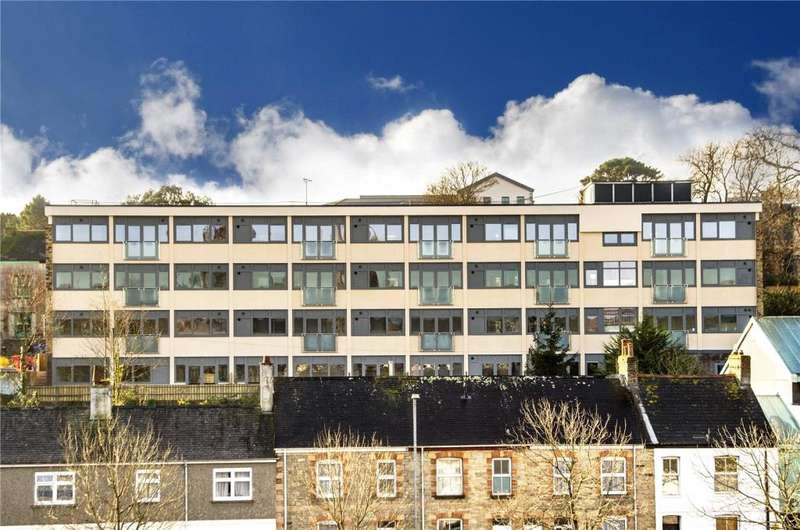 2 Bedrooms Flat for sale in Flat 12, Lysnoweth, Infirmary Hill