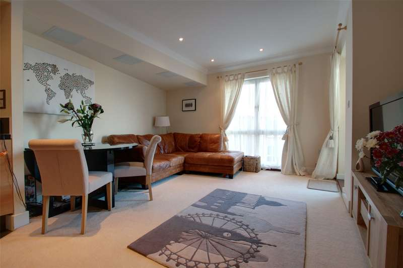 2 Bedrooms Apartment Flat for sale in Isis House, Bridge Wharf, Chertsey, Surrey, KT16