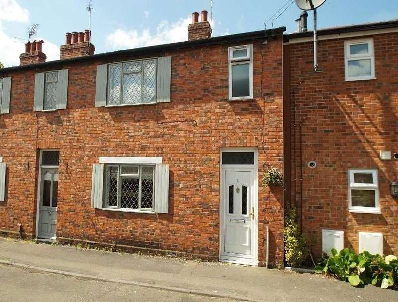 2 Bedrooms Terraced House for sale in Cross Road, Weybridge, Surrey, KT13