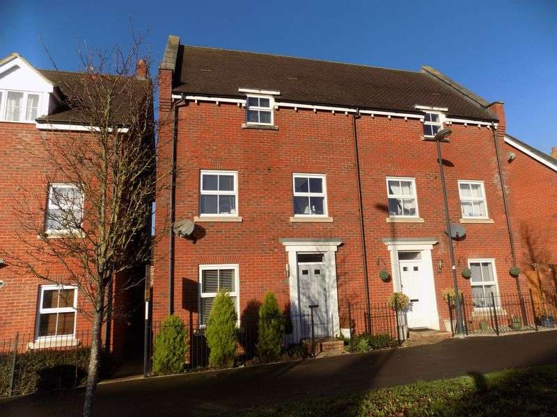 4 Bedrooms Semi Detached House for sale in Addinsell Road, Redhouse