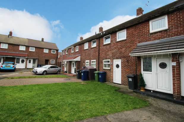 2 Bedrooms Terraced House for sale in Sydney Gardens., South Shields, Tyne And Wear, NE34 9DZ