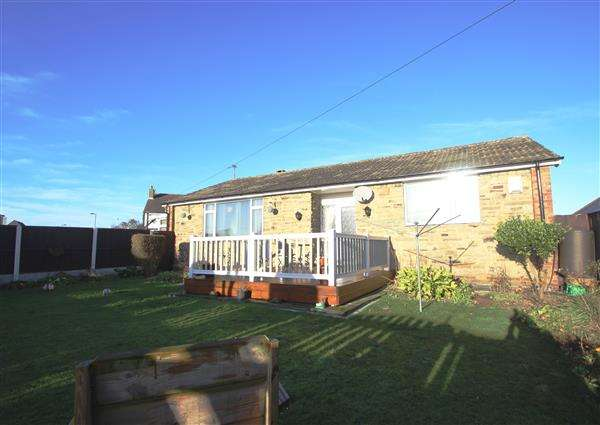 3 Bedrooms Bungalow for sale in 'Vicklea' Common Lane, Upton