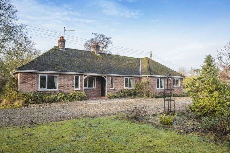 4 Bedrooms Detached Bungalow for sale in Garboldisham