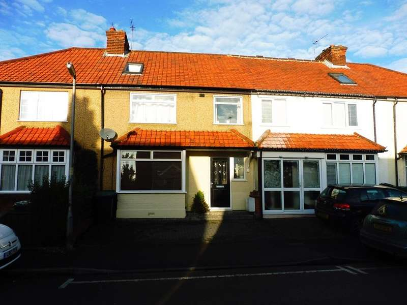 4 Bedrooms Semi Detached House for sale in Breakspeare Road, ABBOTS LANGLEY, WD5