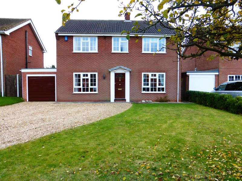 4 Bedrooms Detached House for sale in Eastfield, North Muskham, Newark, NG23