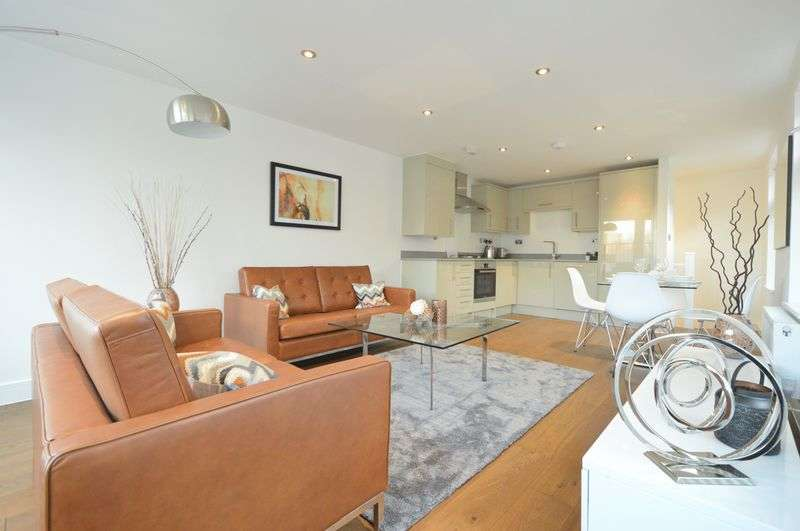 2 Bedrooms House for sale in Gladstone Street, Borough SE1 6EY