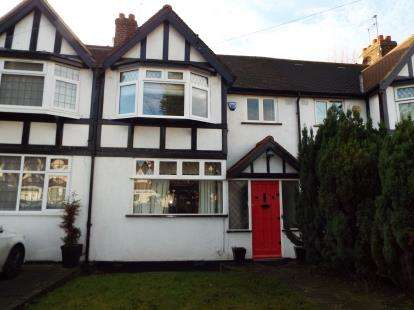 3 Bedrooms House for sale in Loughton, Essex