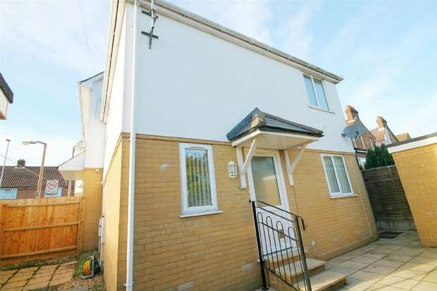 2 Bedrooms Semi Detached House for sale in Lower Parkstone, Poole, Dorset