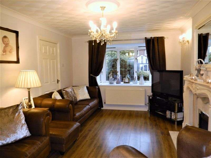 3 Bedrooms Detached House for sale in Dawlish Way, Golborne, Warrington