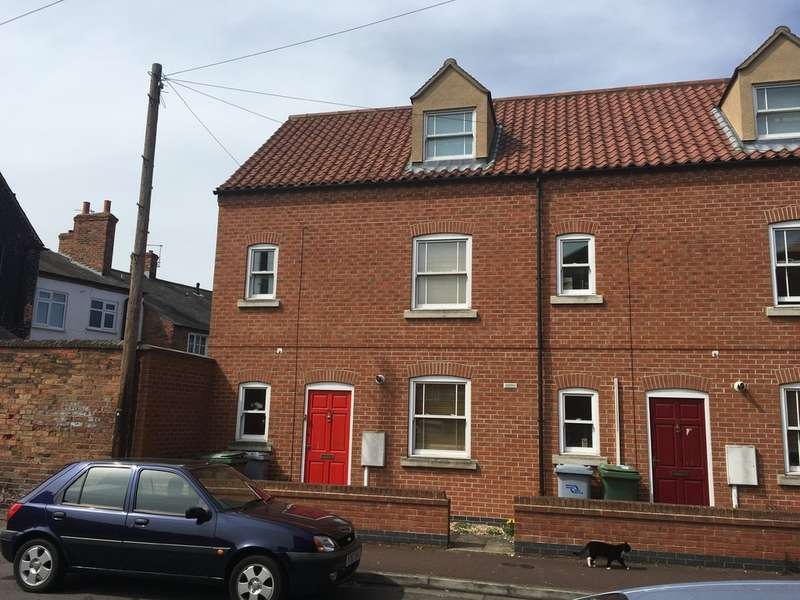 4 Bedrooms End Of Terrace House for sale in Newark, William Street