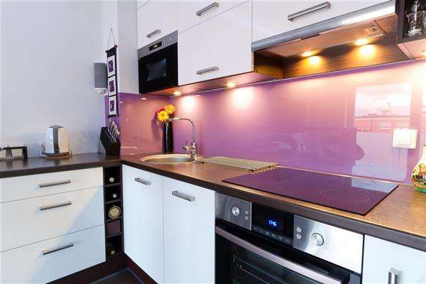 3 Bedrooms Property for sale in North Swindon, Swindon