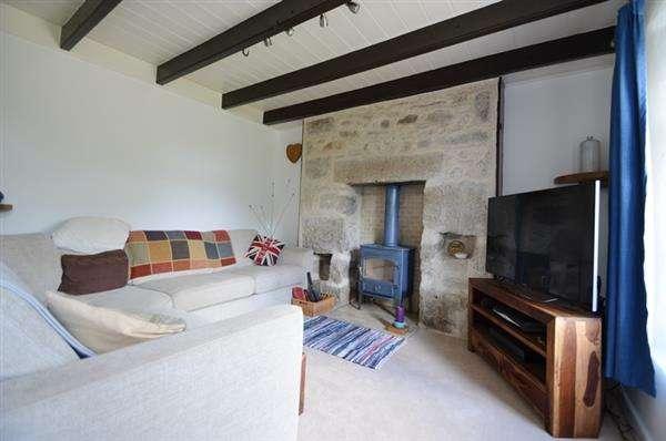 2 Bedrooms Semi Detached House for sale in HERNISS, NEAR LONGDOWNS