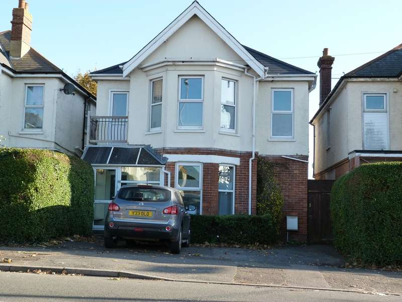 5 Bedrooms Detached House for sale in STOUR ROAD, CHRISTCHURCH