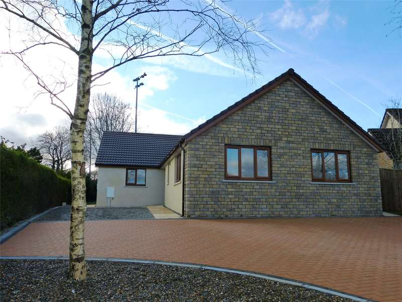 4 Bedrooms Detached Bungalow for sale in Springfield Park, Narberth, Pembrokeshire