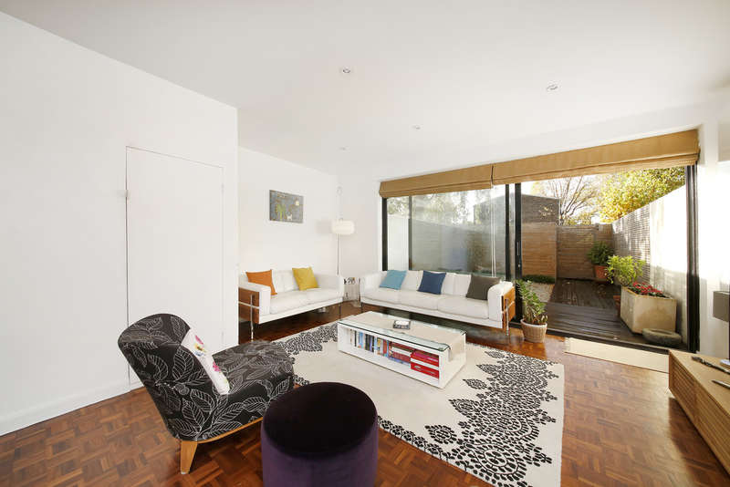 3 Bedrooms Terraced House for sale in Hillsboro Road, East Dulwich, SE22