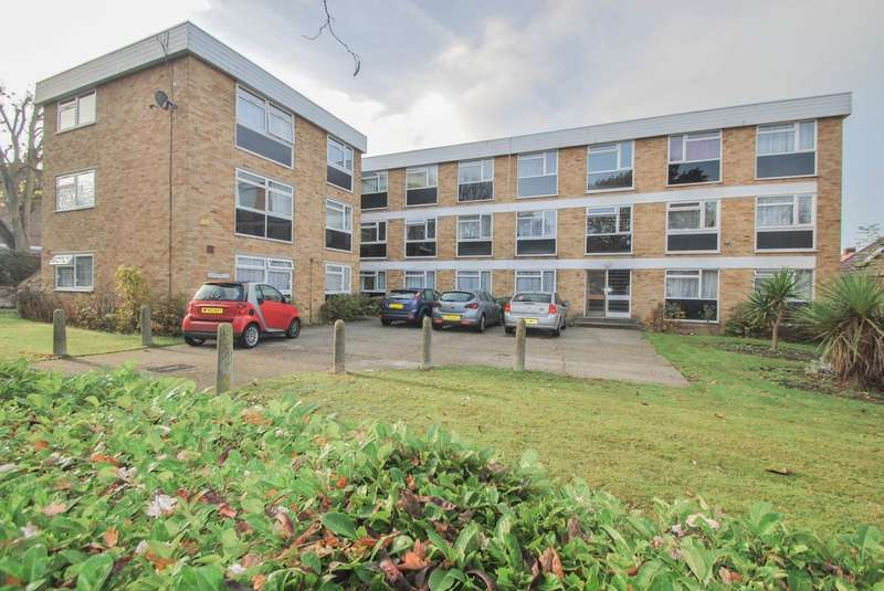 2 Bedrooms Flat for sale in Long Acre Court, Argyle Road