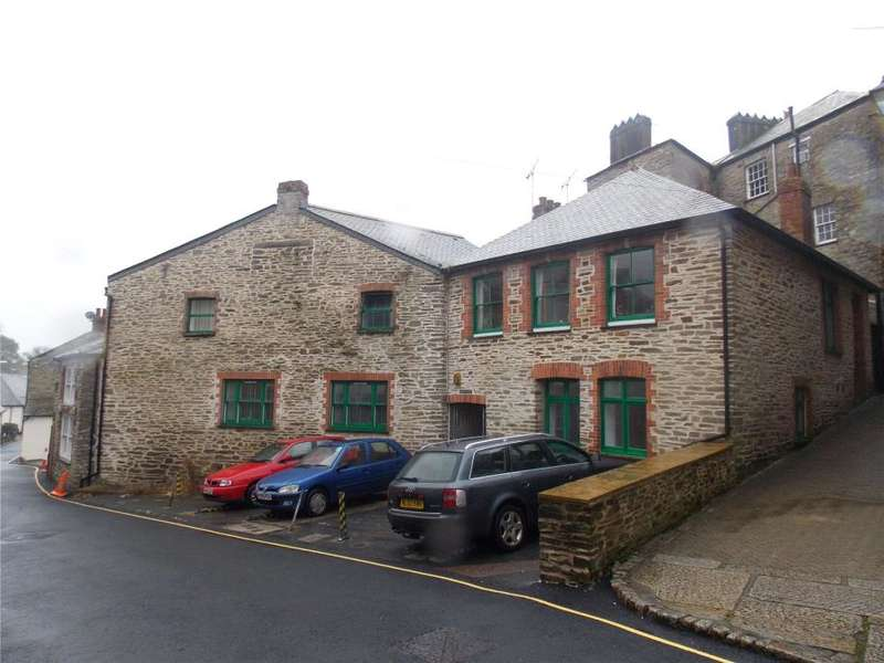House for sale in Huddys Court, Liskeard, Cornwall