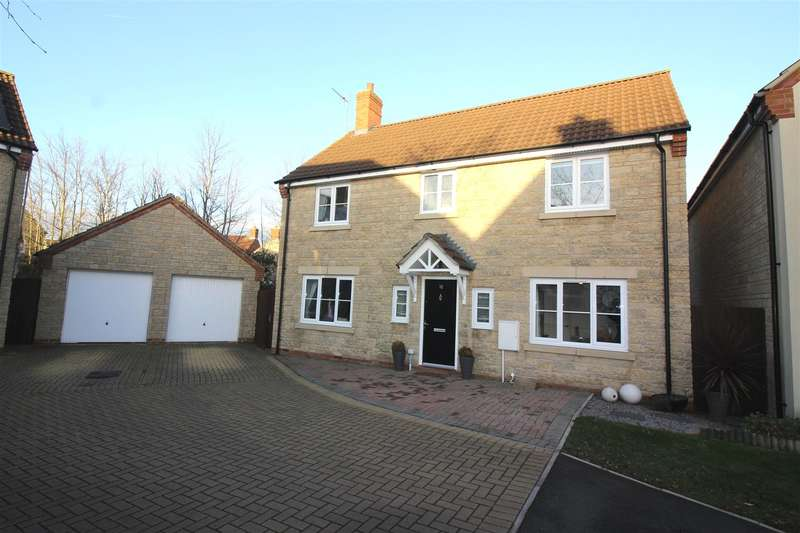 4 Bedrooms Property for sale in Markton Close, Taw Hill, Swindon