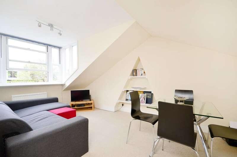 2 Bedrooms Flat for sale in Cambridge Gardens, North Kensington, W10