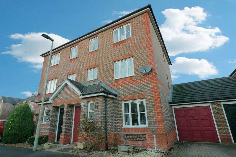 4 Bedrooms Terraced House for sale in BOWMONT WATER