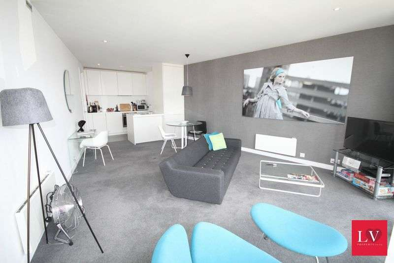 1 Bedroom Flat for sale in Rotunda, Birmingham City Centre