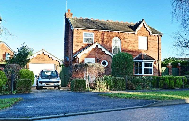 4 Bedrooms Detached House for sale in Howdale Road, Sutton-on-Hull