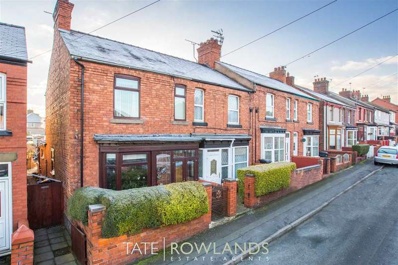 3 Bedrooms Terraced House for sale in Park Avenue, Flint