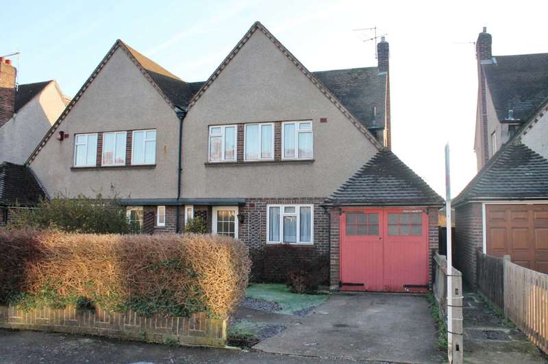 3 Bedrooms Semi Detached House for sale in Lime Grove, New Malden