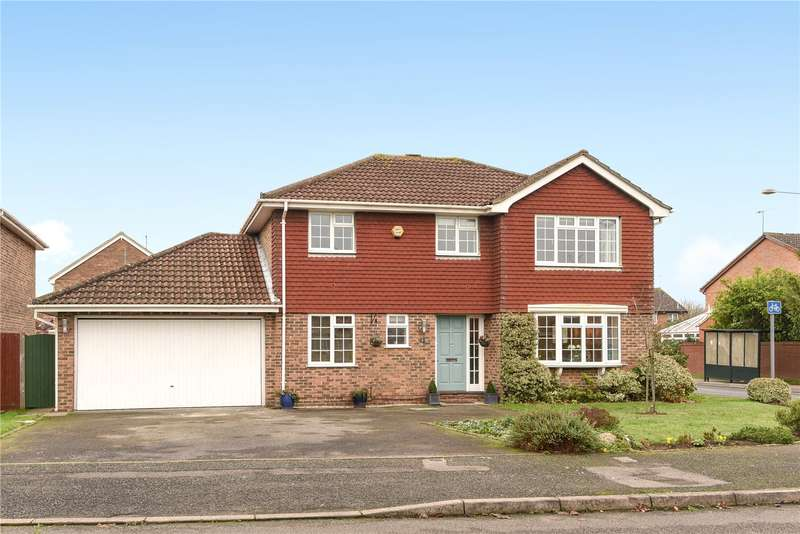 4 Bedrooms Detached House for sale in Kitwood Drive, Lower Earley, Reading, Berkshire, RG6