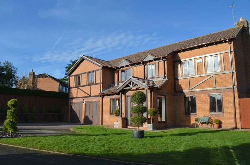 5 Bedrooms Detached House for sale in St. Annes Court Talygarn Pontyclun CF72 9HH