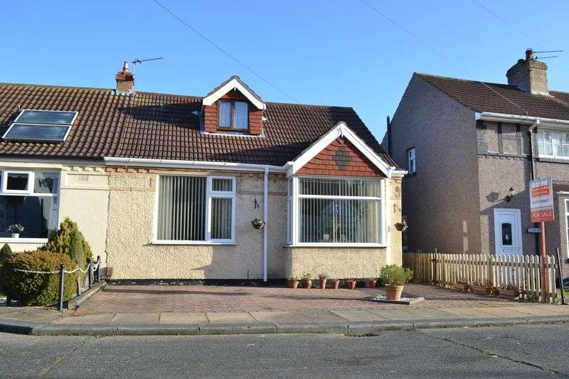 3 Bedrooms Semi Detached Bungalow for sale in Hilary Road, Grimsby
