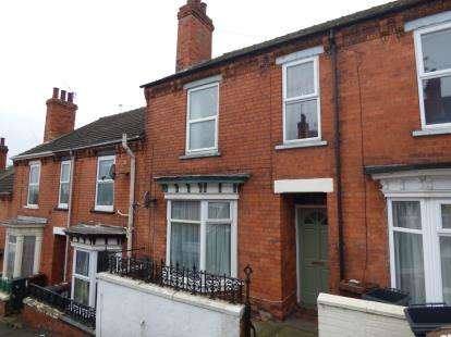 2 Bedrooms Terraced House for sale in Laceby Street, Lincoln, Lincolnshire