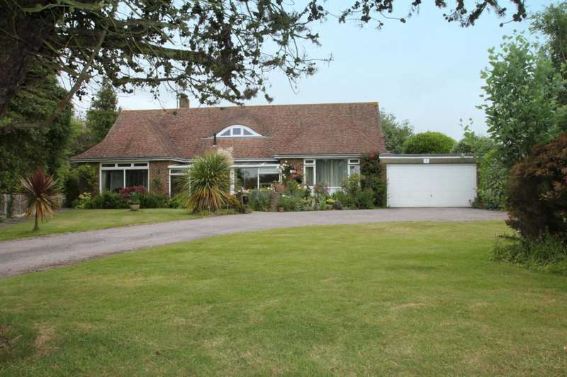 3 Bedrooms Detached Bungalow for sale in Selhurst Close, East Preston, West Sussex, BN16