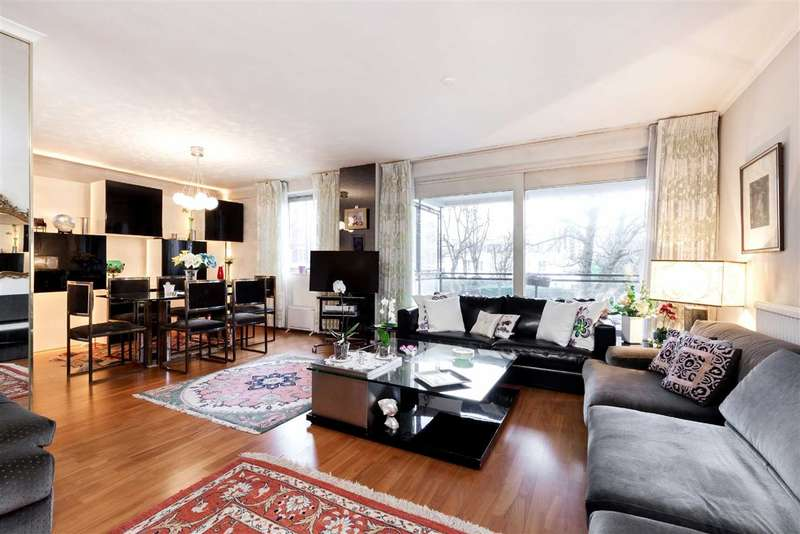 3 Bedrooms Flat for sale in Hamilton House, London, NW8