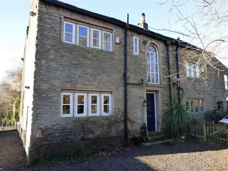 3 Bedrooms Property for sale in Sun Hill, Lees, Oldham, OL4