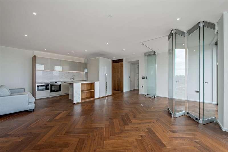 2 Bedrooms Flat for sale in Capital Building, Embassy Gardens, Nine Elms, London SW8