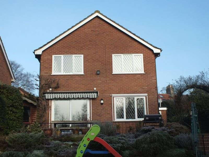 4 Bedrooms Detached House for sale in Thorpe Mews, off Yarmouth Road, Norwich