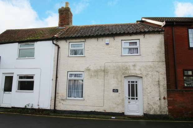 3 Bedrooms Semi Detached House for sale in Reynard Street, Spilsby, Lincolnshire, PE23 5JB